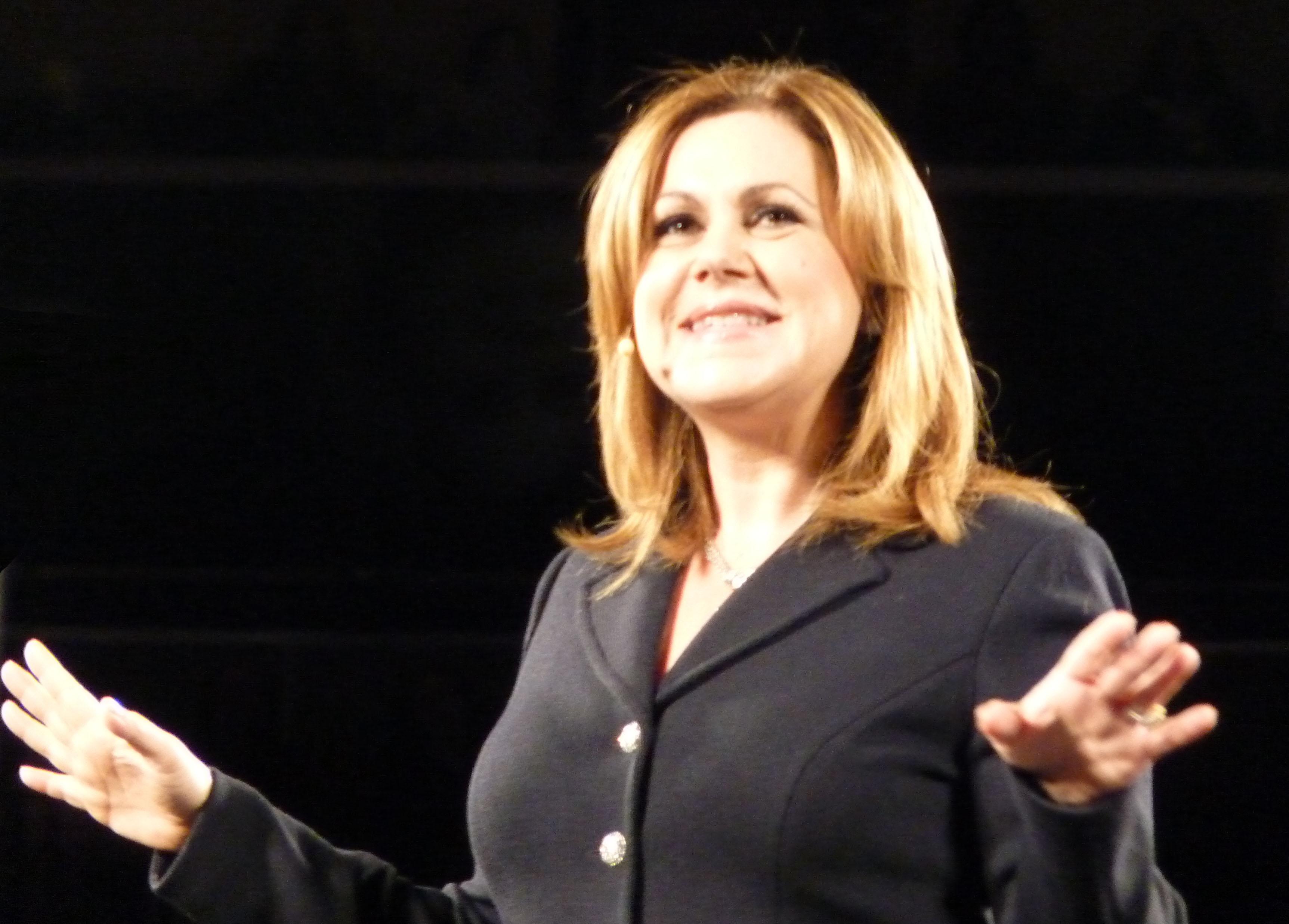 Tamara Lowe